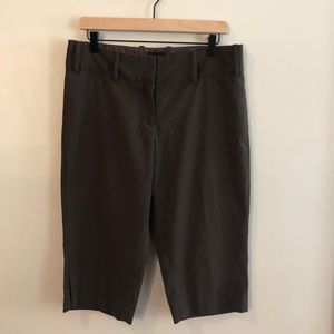 THE LIMITED Drew Fit Knee Length Shorts Size 10